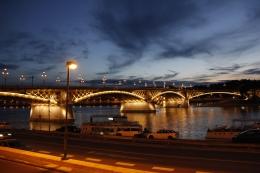 A Margit híd az étteremtől