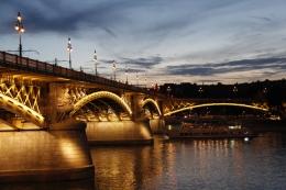 A Margit híd közelről